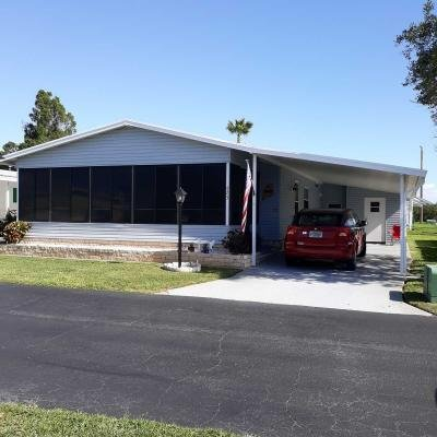 Mobile Home at 423 Day Lily Sebring, FL 33876