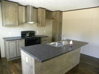 Mobile Home at 5139 Lake End Dr Milton, FL 32583