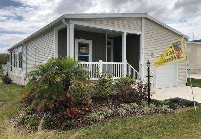 Mobile Home at 214 Hogan Dr Lady Lake, FL 32159