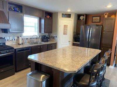 Mobile Home at 12352 Oak Ridge Cir South Lyon, MI 48178