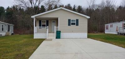 Mobile Home at 9796 Hemlock Garrettsville, OH