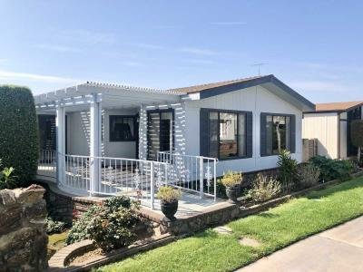 Mobile Home at 1355 Canyon Lake Brea, CA 92821