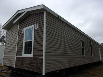 Mobile Home at 4409 Wild Horse Ct Lot W4409 Ooltewah, TN 37363