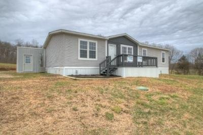 Mobile Home at 982 POWDER MILL RD Magnolia, KY 42757