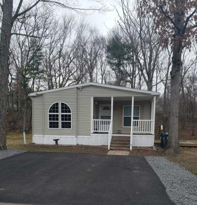 Mobile Home at 10 Valley Stream Mountain Top, PA 18707