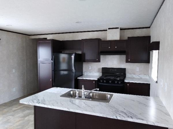 Photo 1 of 2 of home located at 2464 E. 29th Rd Seneca, IL 61360