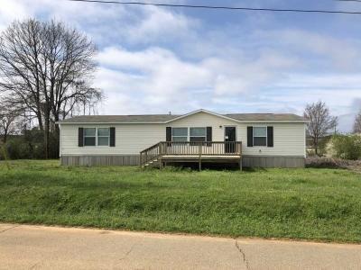 Mobile Home at 105 Mississippi St Pontotoc, MS 38863