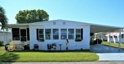 Mobile Home at 284 Country Club Circle N. Lakeland, FL 33803