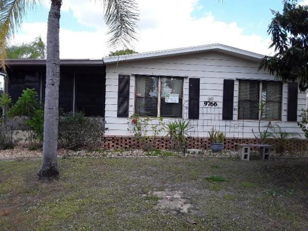 1986 Homes of Merit Mobile Home For Sale