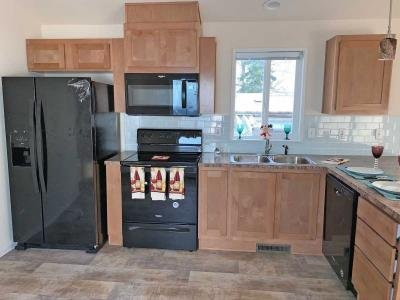 Mobile Home at 23708 Locust Way #37 Bothell, WA 98021