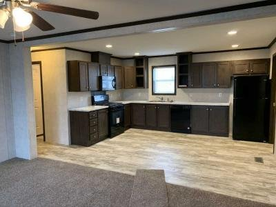 Mobile Home at 2736 Maize Drive Columbus, IN 47201