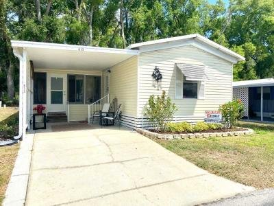 Mobile Home at 613 North Drive Wildwood, FL 34785