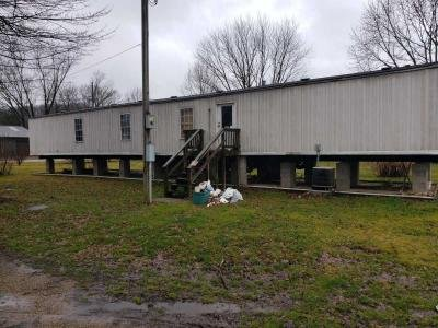 Mobile Home at 36796 Main St. Rockbridge, OH