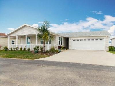 Mobile Home at 9101 Fairway Loop Dade City, FL 33525