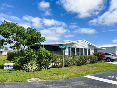 Mobile Home at 815 Sunglow St Boynton Beach, FL 33436