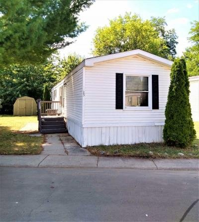 Mobile Home at 13 East Manor Oxford, MI 48371