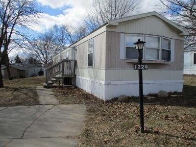 Mobile Home at 1224 Blackhawk Marion, IA 52302