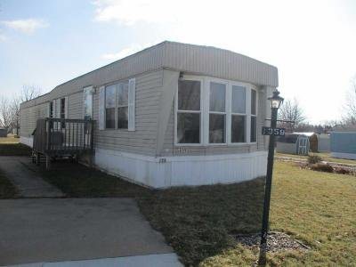 Mobile Home at Galway Marion, IA 52302