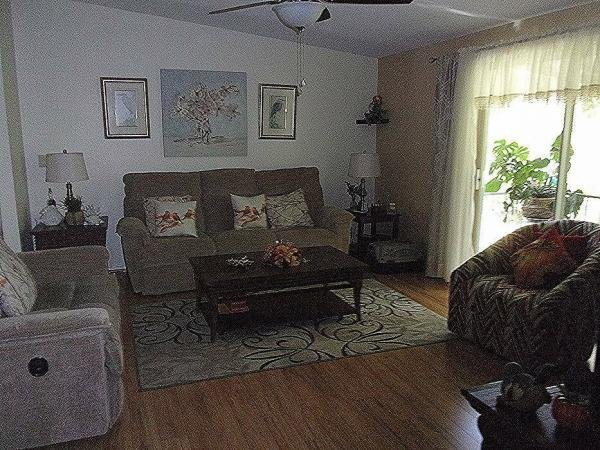2002 Homes of Merit Mobile Home For Sale