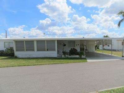 Mobile Home at 293 Shoreland Drive Fort Myers, FL 33905