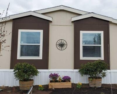 Mobile Home at 10 E. South Stage Rd., #504 Medford, OR 97501