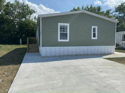 Mobile Home at 184 Ashville St Apopka, FL 32712