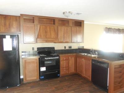 Mobile Home at 13223 Fish Rd Lot #137 Dallas, TX 75253