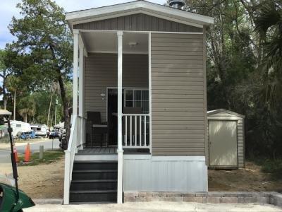 Mobile Home at 10200 West Fishbowl Dr. M01 Homosassa Springs, FL 34448