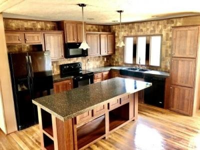 Mobile Home at 1731 Highway 19 S Meridian, MS 39301