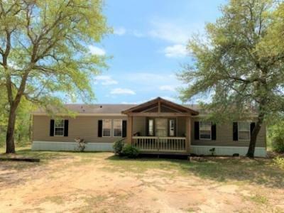 Mobile Home at 439 Woodpecker Ln Holt, FL 32564