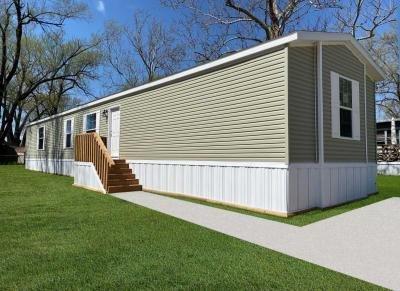 Mobile Home at 2722 S. 71St Pl Lot 68 Kansas City, KS 66106