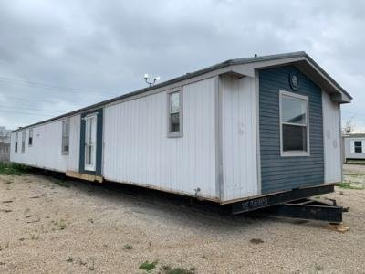Mobile Home at 1999 S IH-35 New Braunfels, TX 78130