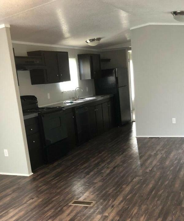 2007 CMH Manufacturing  Mobile Home For Sale