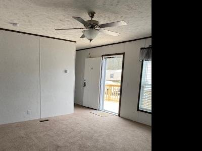 Mobile Home at 1050 Highway 44 West Shepherdsville, KY 40165