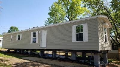 Mobile Home at 807 Eastwood Circle Lot 44 Morristown, TN 37814