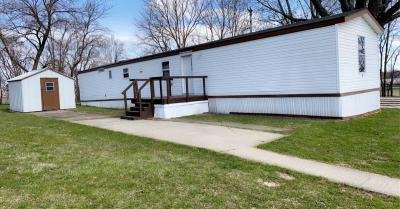 Mobile Home at 4 Mulberry Lane Freeport, IL 61032