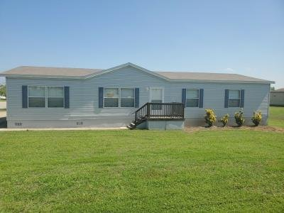 Mobile Home at 121 Country Knoll Drive Kyle, TX 78640