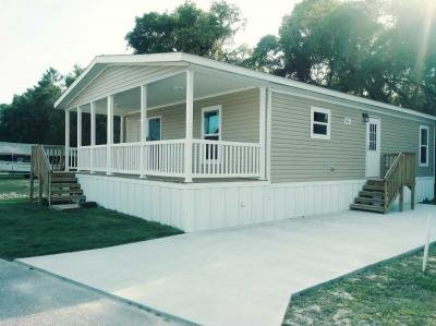 Mobile Home at 8975 W Halls River Rd, Lot 268 Homosassa, FL 34448