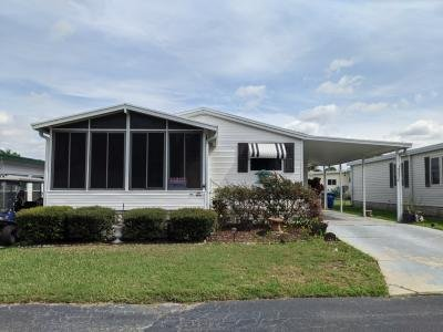 Mobile Home at 345 Lake Huron Dr Mulberry, FL 33860
