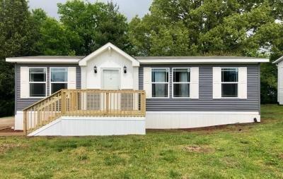 Mobile Home at 2552 Derby Way Lot DER2552 Sevierville, TN 37876