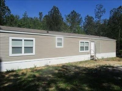Mobile Home at 41 Ridgeview Rd Collins, MS 39428