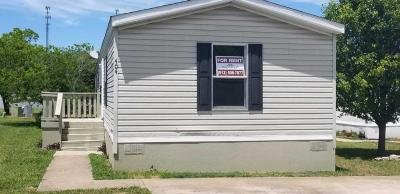 Mobile Home at 404 Horseshoe Loop Lot 133 Liberty Hill, TX 78642