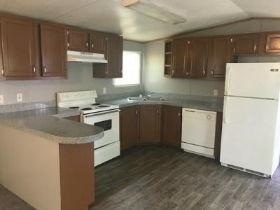 Mobile Home at 1003 Royal Circle Arlington, TX 76017