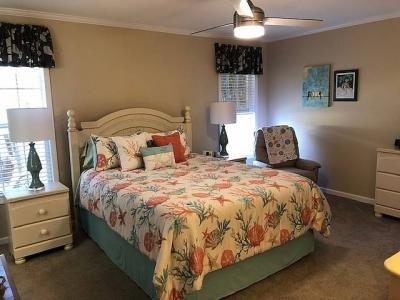 609 Nicklaus Court Lady Lake, FL 32159