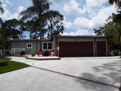 Mobile Home at 926 Via La Paz North Fort Myers, FL 33903