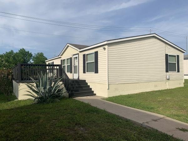2007 Clayton Mobile Home For Rent