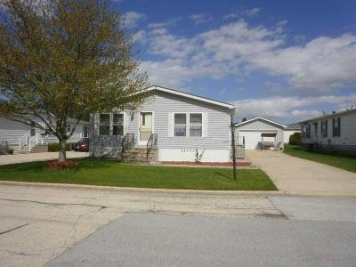 Mobile Home at 22711 S. Ravisloe Ln. Frankfort, IL 60423