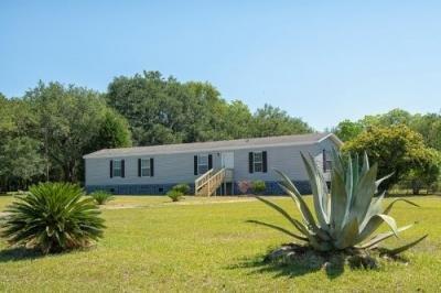 Mobile Home at 11071 Lakeland Dr Grand Bay, AL 36541