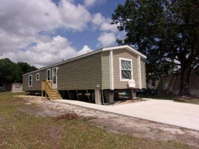 Mobile Home at 7054 Greenbrier Village Drive Lakeland, FL 33810