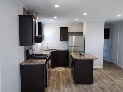Mobile Home at 802 E County Line Road #98 Des Moines, IA 50320